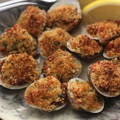 Clams Casino More Seafood Appetizers Seafood Appetizers Appetizers Appetizers for a crowd Appetizers parties Seafood Appetizers, Seafood Dinner, Fish And Seafood, Appetizer Recipes, Party Appetizers, Seafood Scallops, Clams Casino, Clam Recipes, Snacks