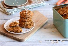 Havrekjeks som smaker gulrotkake Healthy Cooking, Healthy Recipes, Healthy Food, No Bake Cake, Smoothies, Cereal, Chips, Food And Drink, Cookies