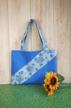 Blue tote for different moments. Enjoy your life!