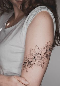 40 Perfect Armband Tattoo Designs For Men And Women - Tattoo İdeas tattoo Top 50 Best Deathly Hallows Tattoos 2020 Inspiration Guide – My Tattoos Boho Tattoos, Feminine Tattoos, Body Art Tattoos, New Tattoos, Tattoos For Guys, Tattoos For Women, Tatoos, Turtle Tattoos, Tattoo Women