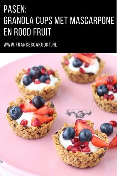 Granola cups with mascarpone and red fruit - Francesca Boils Granola, Chocolate Lasagne, Berry Cheesecake, Cereal Bowls, High Tea, No Bake Cake, Good Food, Desserts, Red Fruit