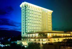 Le Meridien #Chiangmai es un destacado hotel ubicado en pleno Night Bazar, una de las zonas más céntricas de la norteña ciudad de #Tailandia. http://chiangmai.stickyrice.co/le-meridien-chiang-mai/ Le Méridien Chiang Mai en เมืองเชียงใหม่, เชียงใหม่