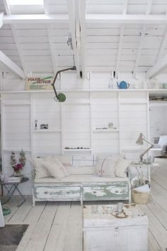 I LOVE the cottage look!