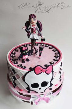 Admirable 65 Best Monster High Cake Images In 2020 Monster High Cake Personalised Birthday Cards Beptaeletsinfo