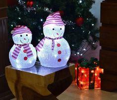 ▷ 10 tipů na výrobu vánočních sněhuláků: inspirujte se! Christmas Ornaments, Holiday Decor, Home Decor, Decoration Home, Room Decor, Christmas Jewelry, Christmas Decorations, Home Interior Design, Christmas Decor