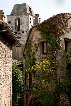 Simiane-la-Rotonde, Provence, France | Flickr - Photo Sharing!
