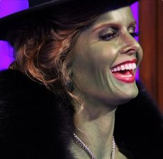 Rebecca Mader, behind the scenes of Once Upon A Time.