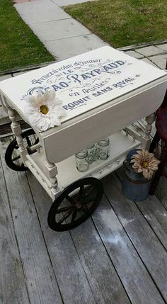 Refinished Tea Cart Annie Sloan Old White with Distressing and clear wax… Refurbished Furniture, Repurposed Furniture, Furniture Makeover, Diy Furniture, Cosy Garden, Antique Tea Cart, Reclaimed Kitchen, Tea Trolley, Bar Cart Decor
