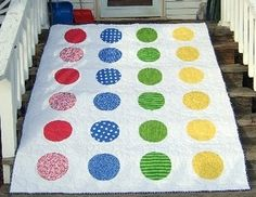 Twister quilt, how fun!.