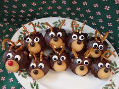 Cupcake - Rudolph the Red Nosed Reindeer - Nilla Wafers, Cany Nose ...