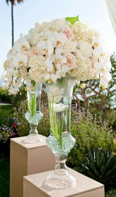 Photographer: Tikko Weddings // Event Planner: Platinum Weddings by Kerrie // Reception Venue: The Ritz Carlton Laguna Niguel