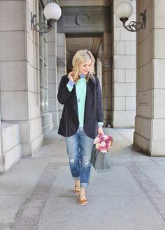 Bijuleni: boyfriend jeans, mint sweater and casual blazer ootd