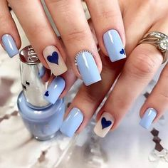What Christmas manicure to choose for a festive mood - My Nails Classy Nails, Stylish Nails, Simple Nails, Trendy Nails, Perfect Nails, Gorgeous Nails, Blue Nails, My Nails, Pretty Nail Art