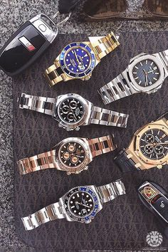 Nothing better to do than lay out some watches with @tge_ldnm @watchesldn.