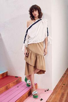 Tanya Taylor Pre-Fall 2018 Fashion Show