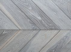 Beautiful chevron wood flooring with a durable hard wax oil finish . suitable for underfloor heating systems. Suiteable for commercial or residential use. Grey Engineered Wood Flooring, Herringbone Laminate Flooring, Reclaimed Parquet Flooring, Modern Flooring, Timber Flooring, Diy Flooring, Stone Flooring, Hardwood Floors, Flooring Types