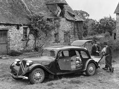Images of Citroën Traction Avant Commerciale Peugeot 203, Psa Peugeot Citroen, Citroen Car, Automobile, Citroen Traction, Traction Avant, Volvo Amazon, Diesel Cars, Japanese Cars