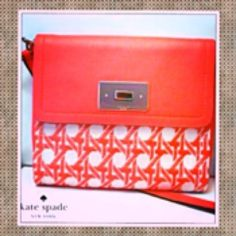 NWOT Kate spade cottage house bag HOST PICK!! Coral Leather trim bag, never been worn new condition kate spade Bags