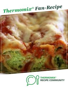 Spinach and Ricotta cannelloni Spinach And Ricotta Canneloni, Spinach Cannelloni, Cannelloni Recipes, Veg Recipes, Dinner Recipes, Cooking Recipes, Dinner Ideas, Kfc Chicken Recipe, Chicken Recipes