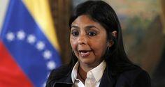 """Como la expresión de """"una minoría"""" influenciada por una """"guerra psicológica"""", calificó la ministra de Relaciones Exteriores, Delcy Rodríguez, el triunfo de"""