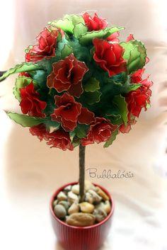 Piros harisnyavirág rózsafa  (red rose flower tree stocking)