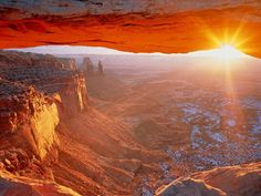 I have seen this pinned as the Grand Canyon. This is not the Grand Canyon. This is the Mesa Arch in Canyonlands National Park. Oh The Places You'll Go, Places To Travel, Places To Visit, Dream Vacations, Vacation Spots, Parque Nacional Do Grand Canyon, World Seven Wonders, Grand Canyon Sunrise, Route 66