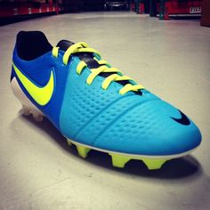 Another new #Nike color! This blue/volt #CTR360 Maestri is now available to pre-order!