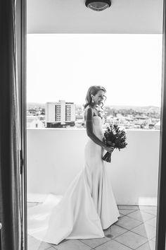 Karen Willis Holmes Prea Second Hand Wedding Dress on Sale 57% Off