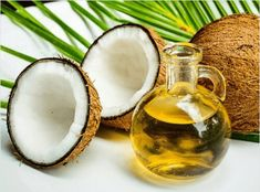 moisturize facial skin with coconut oil - There is nothing as good as natural coconut oil. Good quality coconut oil can really work wonders for your skin. It has the power to remove stretch marks, blemishes and also moisturize the skin. Coconut Oil Moisturizer, Coconut Oil Lotion, Coconut Oil For Teeth, Coconut Oil For Dogs, Natural Coconut Oil, Coconut Oil Uses, Organic Coconut Oil, Oils For Dogs, Coconut Health Benefits