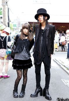 Gothic Lolita and Contemporary Japanese #Goth couple