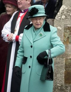 The Queen wearing the Queen Mary Emerald Brooch for the first time in public