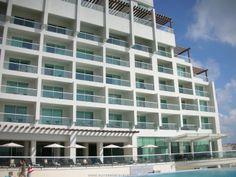 Beautiful Sun Palace in Cancun