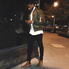 Big men fashion, urban fashion, fashion tips, fashion outfits, swag o Mens Fashion Wear, Big Men Fashion, Urban Fashion, Fashion Fashion, Fashion Outfits, Fashion Tips, Stylish Men, Men Casual, Botas Chelsea