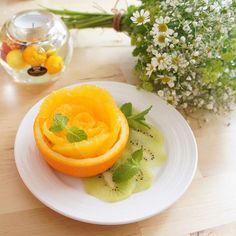 朝はフルーツ♡ かわいい盛り付け研究中♪ #happy #art #アート #オシャレ #cute #フルーツ #fruits #オレンジ #フルーツカッティング #フルーツアート #ローズ #しあわせごはんプランナー