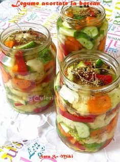 My Summertime Pico with my homegrown veggies My Favorite Food, Favorite Recipes, Roasted Eggplant Dip, Canning Pickles, Avocado Salad Recipes, Romanian Food, Romanian Recipes, Cucumber, Brunch