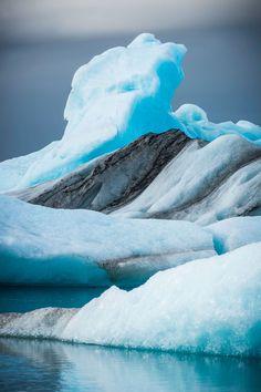 Jökulsárlón Glacier Lagoon - HarpersBAZAAR.com