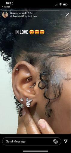 Pretty Ear Piercings, Face Piercings, Piercings For Girls, Ear Jewelry, Cute Jewelry, Body Jewelry, Jewlery, Black Girl Aesthetic, Piercing Tattoo