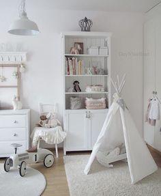 """534 Likes, 2 Comments - Priscila Ventura (@crop_arquitetura) on Instagram: """"Baby's Room _______________________________________________________ #arqpriventura #arquitectura…"""""""