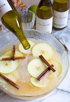 Pumpkin Spice Sangria | Featuring Biltmore Estate Chardonnay | A perfect fall cocktail | Biltmore Estate Wine Company | Asheville, NC