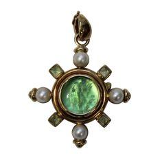 1stdibs | Elizabeth Locke 18KYG  Green Venetian Glass & Peridot Pendant