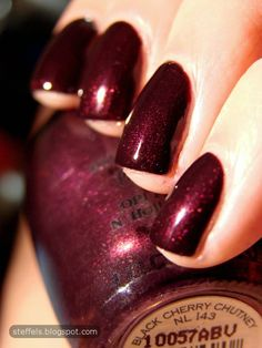 OPI - black cherry chutney, in LOVE with this color!