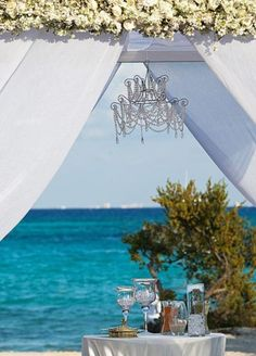 LUXURIOUS WEDDING CEREMONIES | Cancun Luxury Wedding Ceremony Arch Decorations