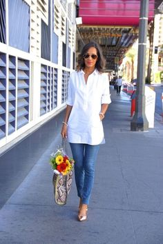 Love a white collared tunic + jeans look