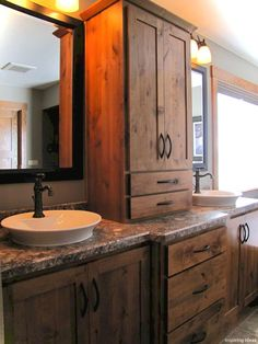 Awesome 50 Rustic Cottage Kitchen Cabinets Ideas https://decorisart.com/57/50-rustic-cottage-kitchen-cabinets-ideas/