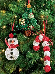 ~ Yo-Yo Ornaments ~ Love these....