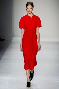 FASHION NEWS --- FASHION NEWS --- FASHION NEWS FASHION WEEK DE NEW YORK – FEMME – AUTOMNE/HIVER 2014/2015 – « VICTORIA BECKHAM »  DECOUVREZ LES IMAGES DE LA COLLECTION DE « VICTORIA BECKHAM » EN AYANT LA GENTILLESSE DE VISITER LE SITE: http://fashionblogofmedoki.com/