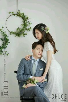 Foto Edited by Kwon_Bangke Hak cipta milik Kwon_Bangke jika mau save … # Acak # amreading # books # wattpad Pre Wedding Shoot Ideas, Pre Wedding Photoshoot, Wedding Poses, Wedding Couples, Wedding Portraits, Wedding Bride, Korean Wedding Photography, Bridal Photography, Korean Couple Photoshoot