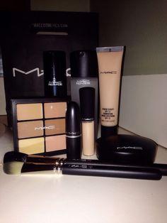 Quality mac makeup looks Makeup Goals, Love Makeup, Makeup Inspo, Makeup Inspiration, Amazing Makeup, Skin Makeup, Makeup Brushes, Makeup Eyeshadow, Mac Brushes