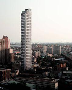 Thailand Travel Tips, Street Food, New York Skyline, Skyscraper, Dinner, Instagram, Dining, Skyscrapers, Food Dinners