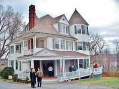 The Historical Society of Newburgh Bay and the Highlands presented its annual, self-guided Holiday Candlelight House Tour in December 2014. Newburgh, NY. #HudsonValley